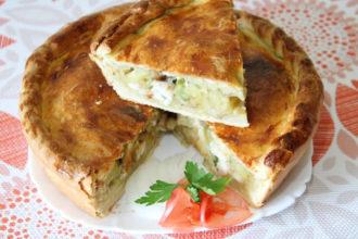 Пирог с картошкой грибами и курицей в духовке