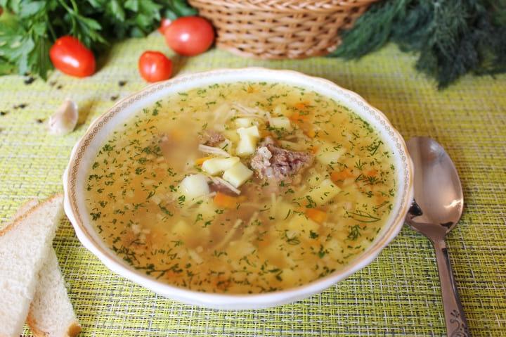 Суп с тушенкой вермишелью и картошкой