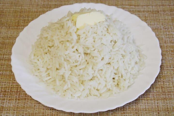 Как сварить длиннозерный рис рассыпчатым в кастрюле на гарнир