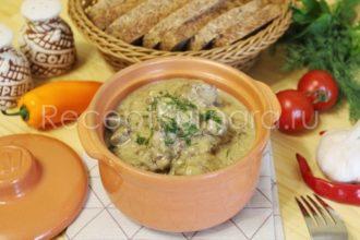 Как приготовить говяжью печень на сковороде со сметаной и луком чтобы она была вкусная сочная и мягкая