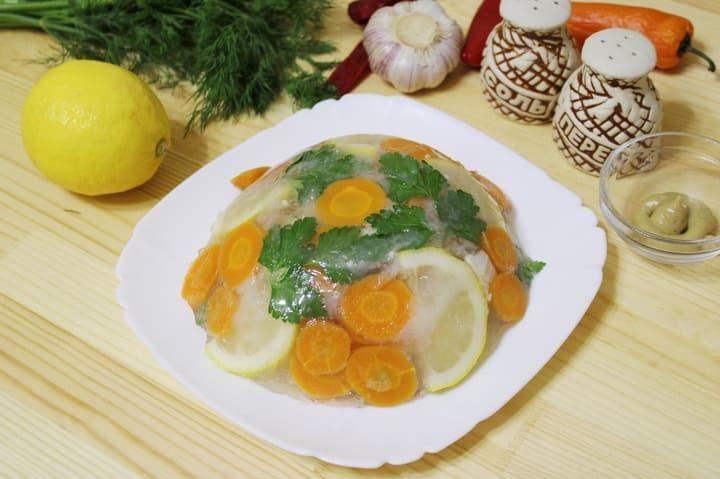Как сделать заливное из рыбы судака с желатином в домашних условиях