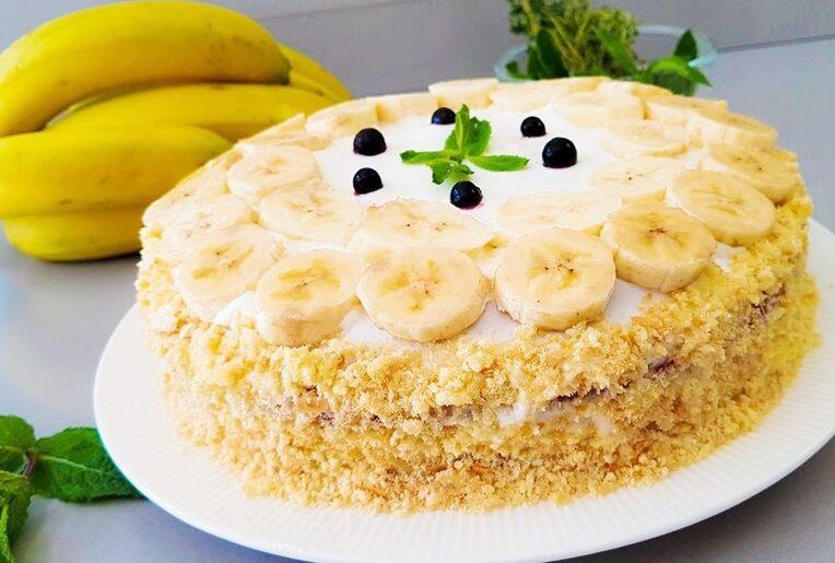 Банановый торт-мусс