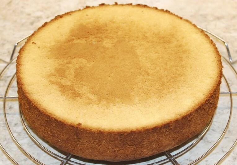 Бисквит для торта на сливочном масле