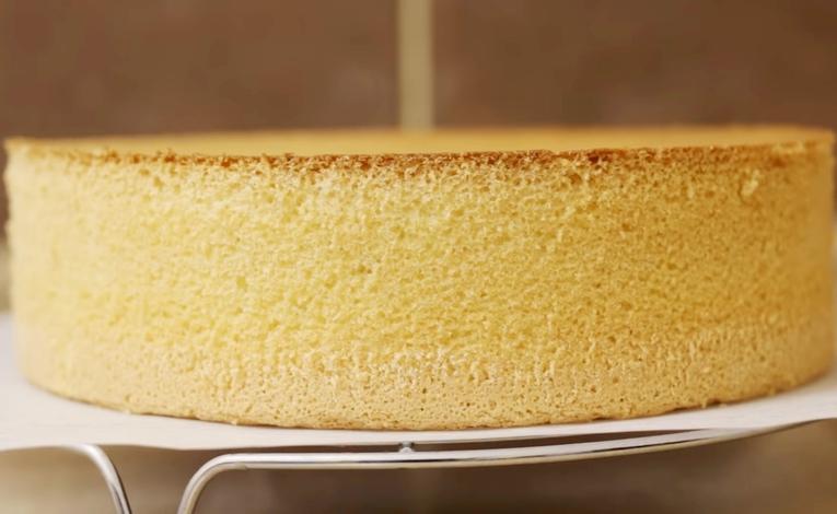 Бисквит для торта с водой и крахмалом