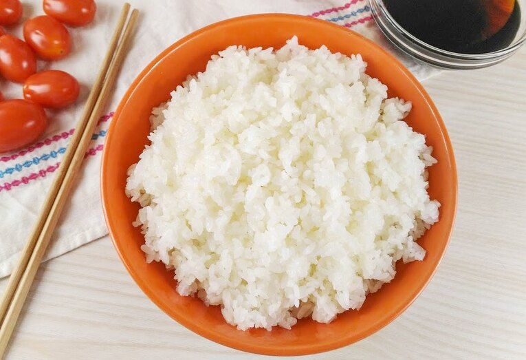Круглозерный рис с соевым соусом