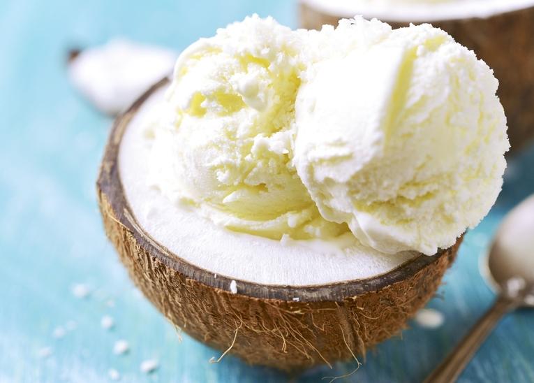 Мороженое кокосовое с белым шоколадом