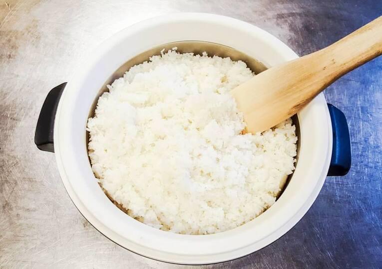 Рис для суши в рисоварке без уксуса. Классический рецепт