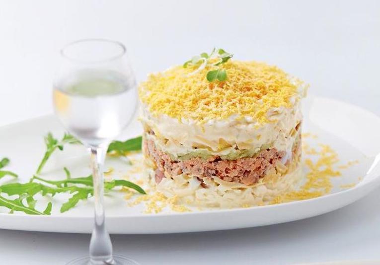 Салат Мимоза со сливочным маслом и сыром
