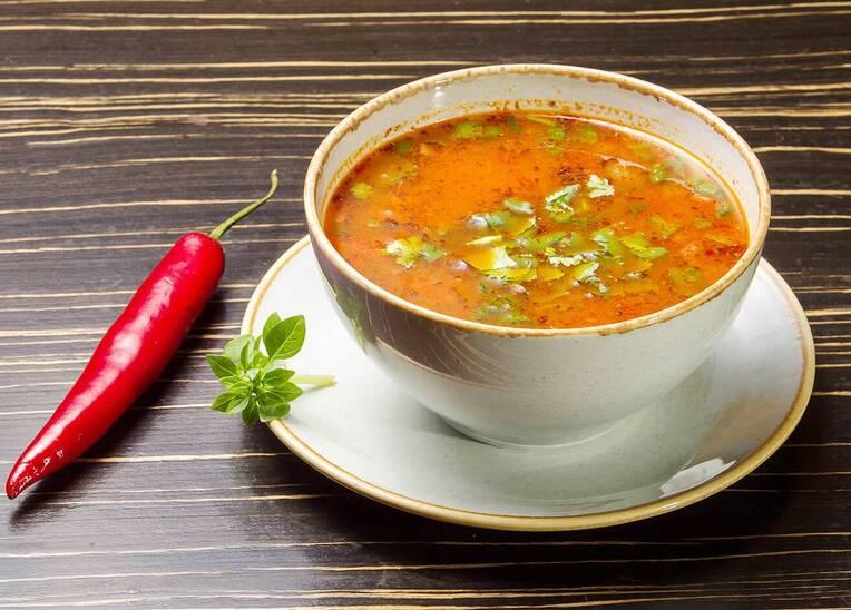 Суп Харчо диетический со специями и овощами