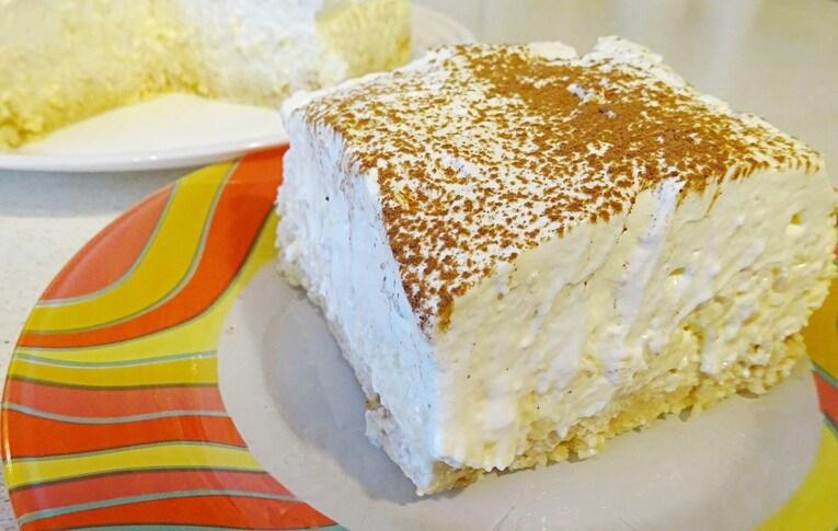 Торт «Ананасовый» без выпечки