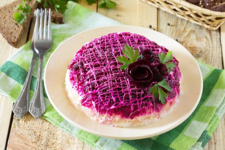 Яркий 3-слойный салат «Любимка»